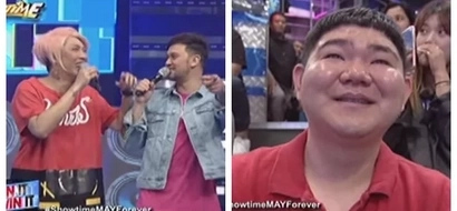 Vice Ganda was making fun of this Korean audience member but it turned out that he is the boss of Sandara Park! Watch the awkward moment here!