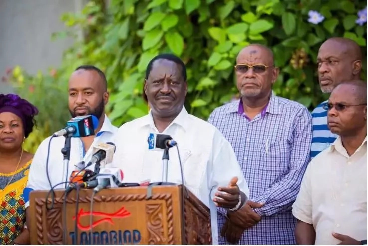 Uhuru using civils servants to prepare Jubilee for 2017