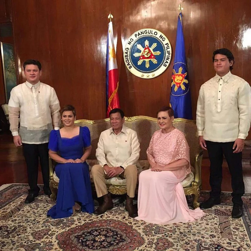 Baste posts throwback photo with President Duterte