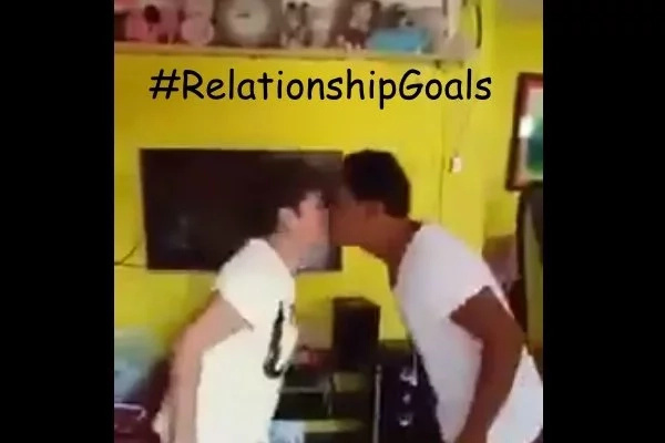 LOOK: Couple Shows What #RelationshipGoals Should Be By Playing Pak Ganern