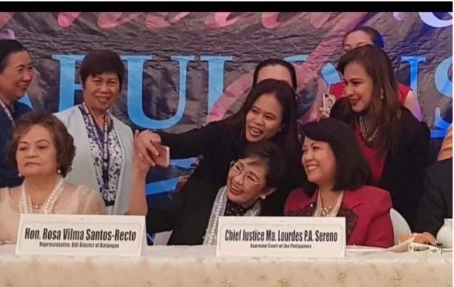 Cong. Vilma Santos is the new peg for breaking tense moments in conferences