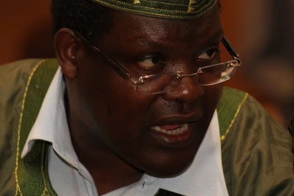 Miguna takes a swipe at Sonko and Kidero, calls them THUGS
