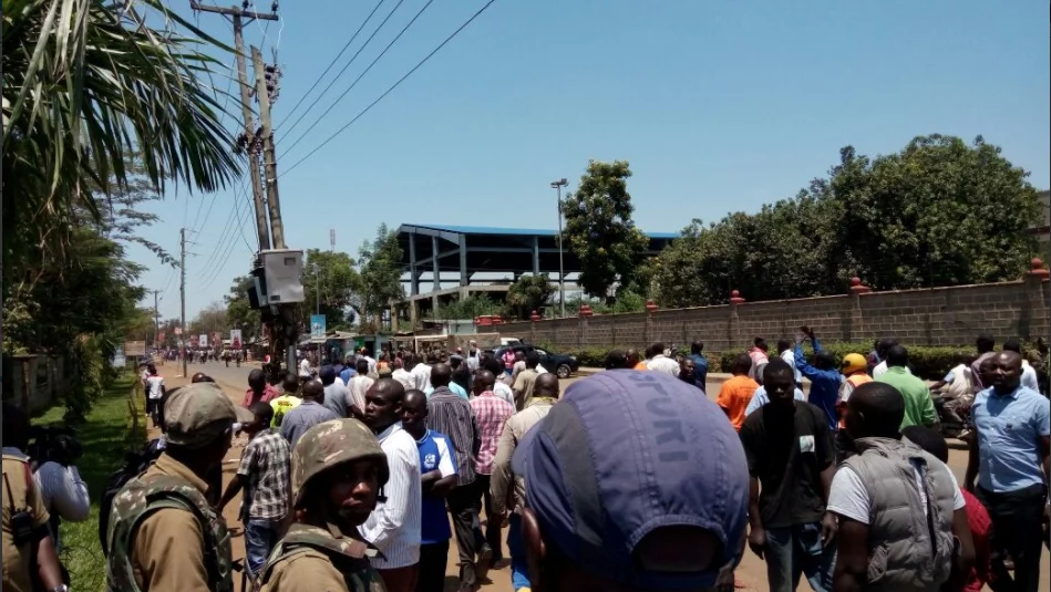 Chaos in Kisumu as youths storm meeting in hunt for ID buyers