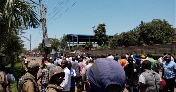 Chaos break out in parts of Kisumu after Supreme Court ruling even as NASA calls for calm