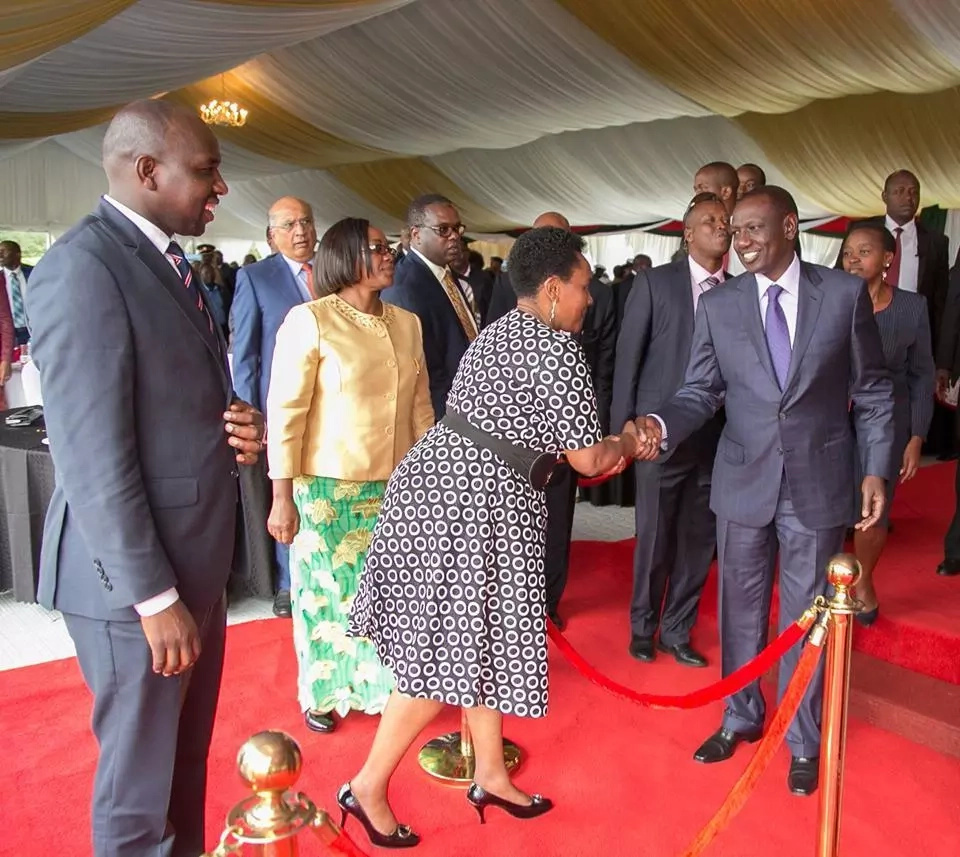 Uhuru hosts Maraga at State House and everyone loves it