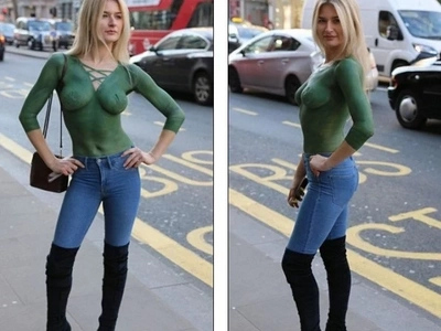 Woman walks around busy city wearing NOTHING but paint, see how people react (photos, video)