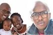 Mwanamziki DNA amebarikiwa na mke na watoto warembo kweli (picha)