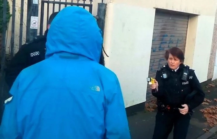 Police taser their OWN officer, 63, in face leaving him 'fear for his life' (photos, video)