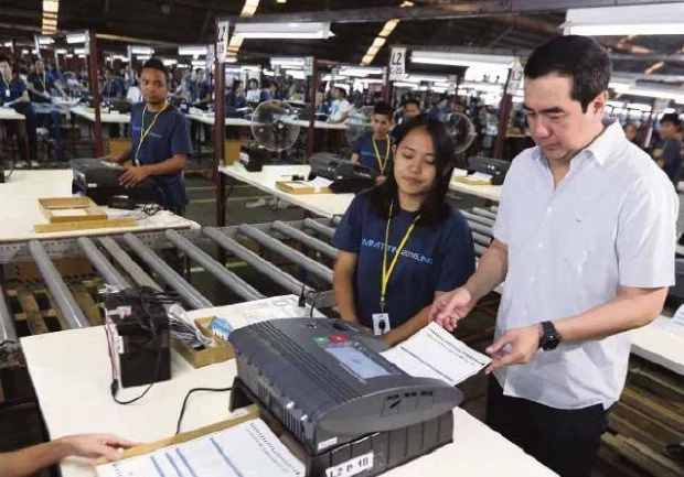 COMELEC chairman questioned for website hacking incident