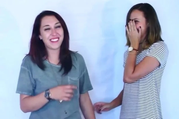 Women kiss each other for the first time in new experiment
