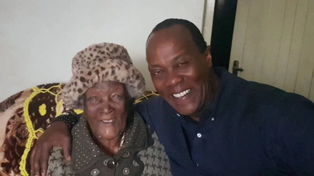 Jeff Koinange shows her very old grandmother who is among the oldest people in the world