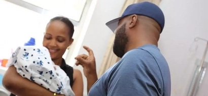 Joho warms women's hearts again and this hospital photo with new mother is so cool