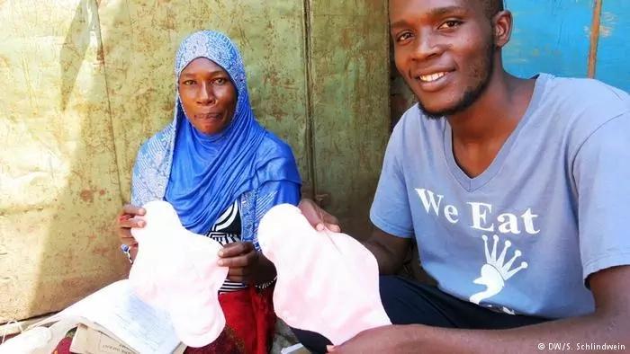 Activists start TOUCHING initiative to make sanitary pads for Ugandan schoolgirls (photos)