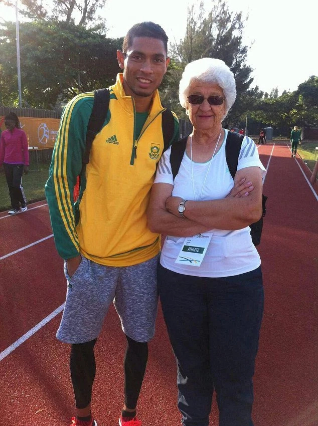 Amazing! The 74-year-old grandma who trains award winning athletes