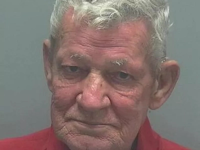 Newlywed man, 76, shoots wife,62, in BACKSIDE for refusing to go under sheets (photos)