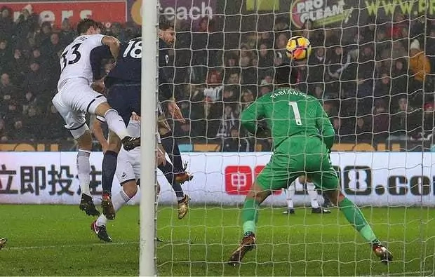 Wanyama makes grand return from injury as Spurs hammer struggling Swansea City 2-0