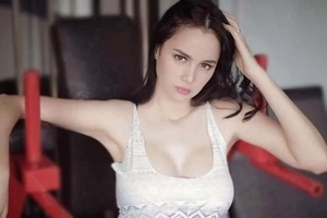 Nganga ang mga drayber! Sizzling Kim Domingo considers being a sexy enforcer to solve traffic