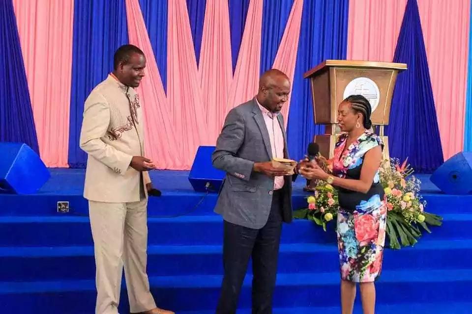 Moses Kuria ajitetea baada ya 'kukamatwa' na kutupwa jela nchini Tanzania