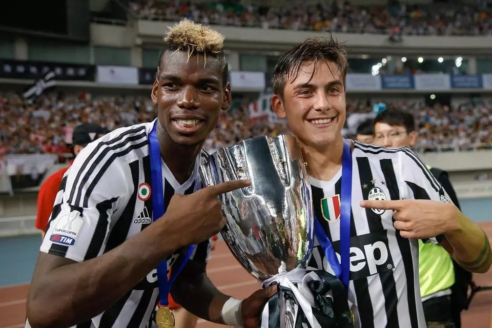 Manchester United put on red alert as Juventus star admits he misses Paul Pogba