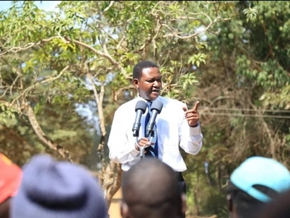 Alfred Mutua in a shouting match with NASA supporters in Ukambani (videos)