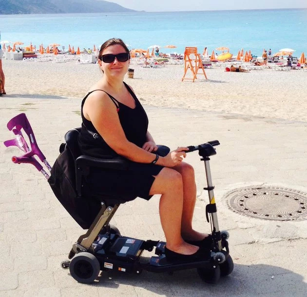 This Woman Woke Up Completely Paralysed For Shocking Reasons