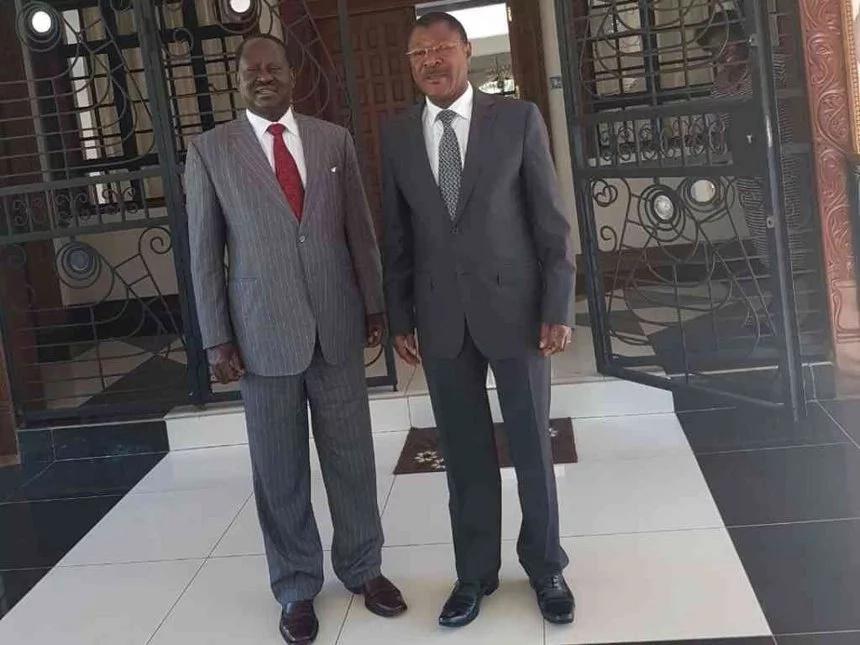 Picha za kinara-mwenza wa NASA akiburudika na kileo cha Tusker za eneo mitandaoni