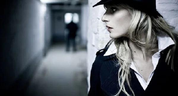 Foto tomada de Detectives Privados Comando Femenino Fénix