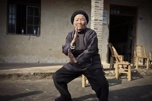 Meet 94-year-old martial arts GRANDMA who easily fights men less than half her age (photos, video)