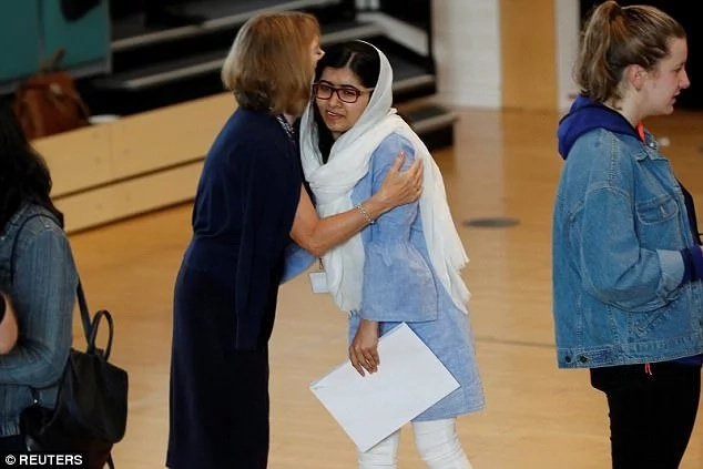 Malala Yousafzai gets into Oxford University