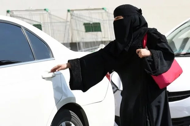 Community reacts to Saudi women drivers