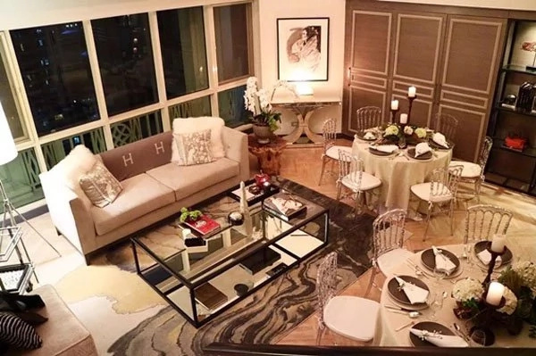 Look At Her Well Designed Dining Room