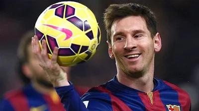 Messi y su padre condenados a prisión