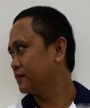Cebu 'drug lord' surrenders, fears for family's safety