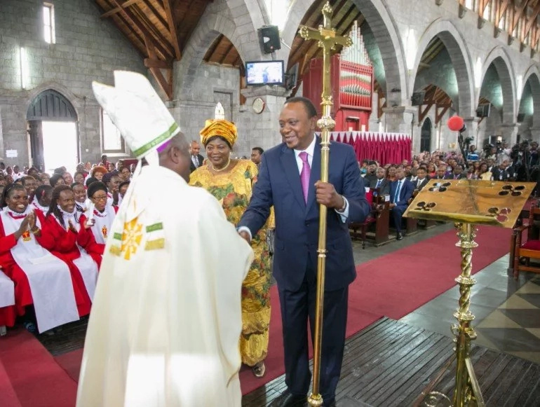 I'm not a young boy, Ruto and Sonko are young- Uhuru's cheeky message at his dad memorial