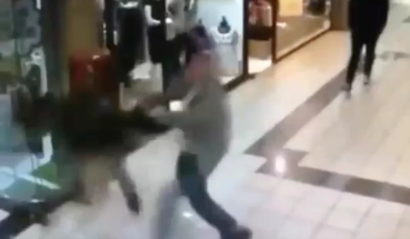 84-year-old man stops robber by tackling him