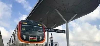 Binti mrembo sana atakayekuhudumia kutoka Nairobi hadi Mombasa kupitia kwa SGR (PICHA)
