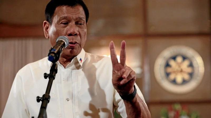 Duterte lists gov't officials linked to illegal drug