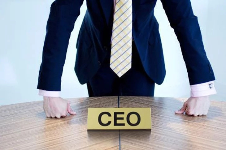 New CEO decided to show his power by firing out a worker. And that is how he ought to pay for this…