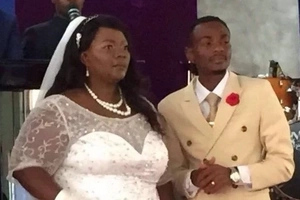 Gospel artist, 27, thanks God for marrying woman TWICE his age (see photos, video)