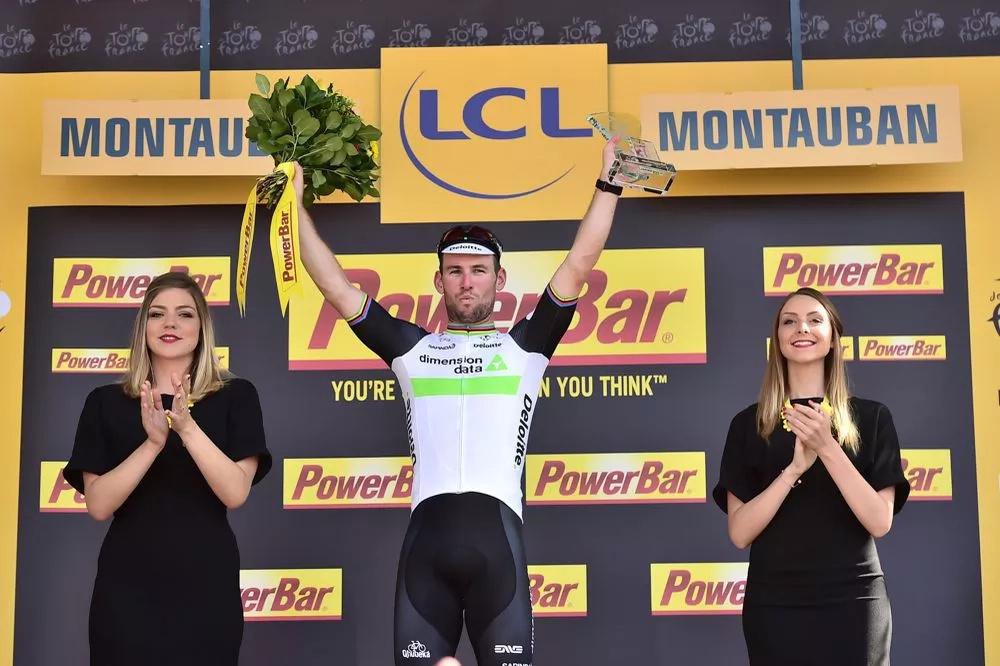 Cavendish se impuso en el Tour, Nairo no pierde opciones