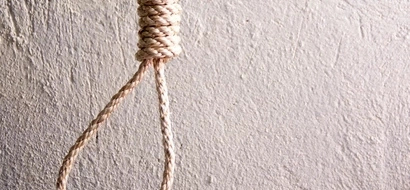 Bizarre! Siaya Man Hangs Himself In Front Of Mother In Law's House
