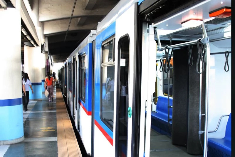DOTC inks deal with SMART to provide free Wi-Fi
