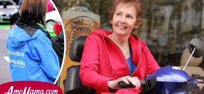 """Madre discapacitada dijo que una funcionaria le quitó su vehículo adaptado tras una evaluación de """"cosquillas en la mano"""""""