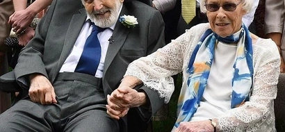 Couple become world's oldest newlyweds after woman, 95, marries 93-year-old toyboy