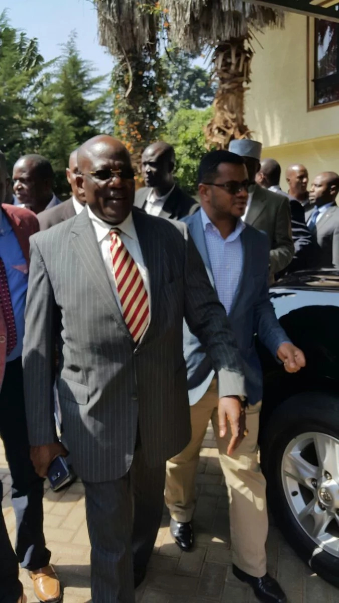 Senator Johnstone Muthama visits DCI offices