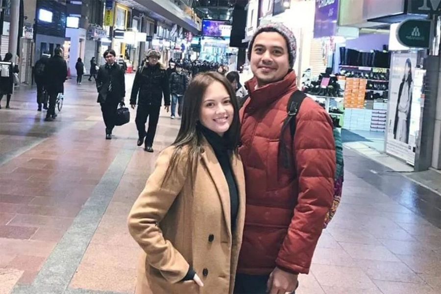 John Lloyd Cruz and Ellen Adarna allegedly fail to catch flight