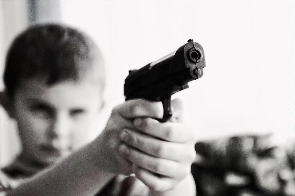 Acordando la salida de los menores de las FARC