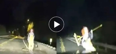 Diyos ko po! Creepy Clown terrorizes car passengers in the middle of the night
