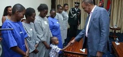 Huenda mwimbaji maarufu Kenya akafungwa JELA miezi 20 (picha)