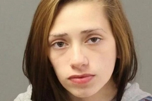 Teen Mother Writes 'Chilling' Facebook Post Before Throwing Infant Out Window